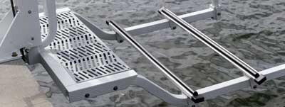 Adjustable aluminum bunks with vinyl hull guards (adjust width between bunks to accommodate your watercraft)