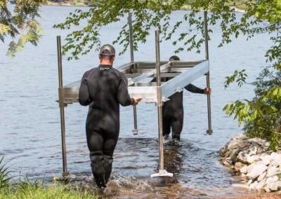 No sharp edges on underside of frames make our aluminum docks easy on the hand for carrying