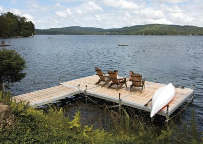 Medium duty aluminum leg docks with cedar decking
