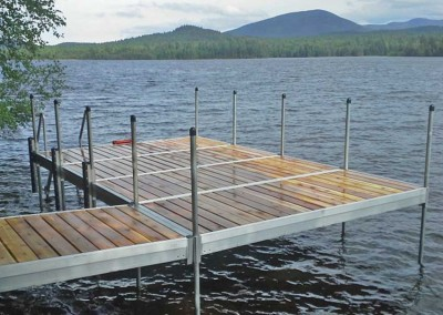 Medium duty aluminum leg docks with out shallow water stairs and kayak/canoe roller