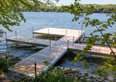 Medium Duty Aluminum Leg Docks