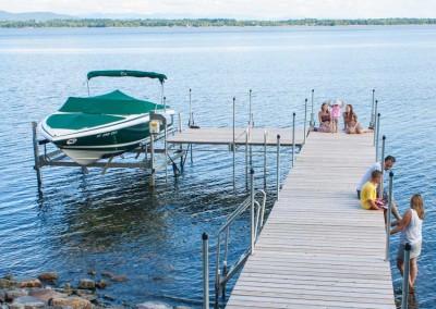 6' x 10' steel truss leg docks with a 6,000 lb. vertical boat lift
