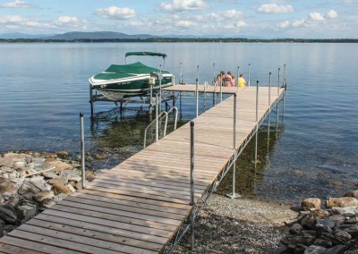 Heavy duty steel truss leg docks and vertical boat lift