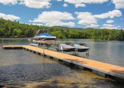 Aluminum frame floating docks