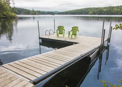 Medium duty aluminum floating docks with cedar decking