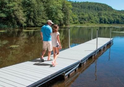 Our medium duty aluminum floating docks with aluminum decking