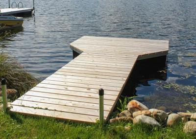 4' x 16' pond dock with cedar decking