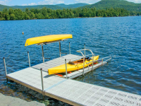 Freestanding launch incorporated into our aluminum leg docks